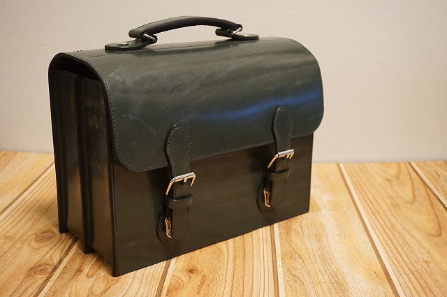 ブライドルレザー鞄